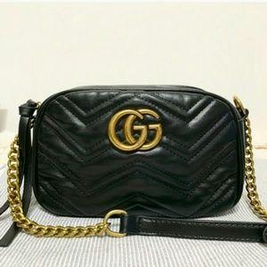 Black 😊😊😊GG Marmont cross body nice Gucci Bag